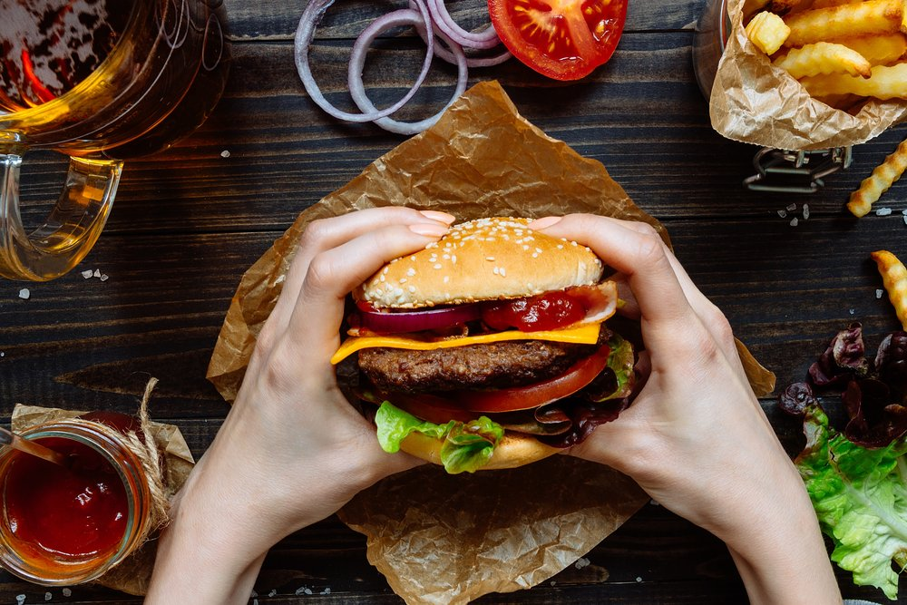 Will Cheat Meals Wrecking Your Dieting Progress?