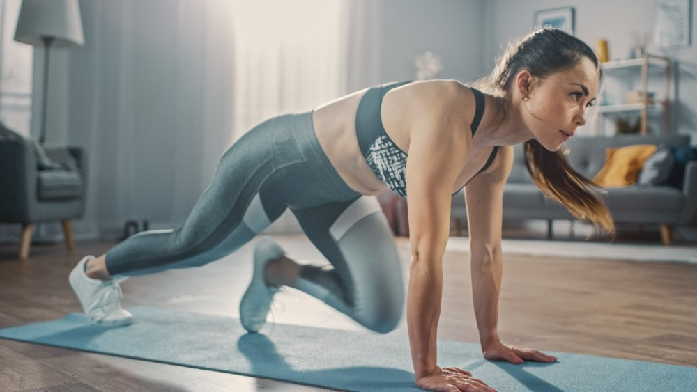 The Best Calorie-Burning 30 Minute HIIT Home Workout!